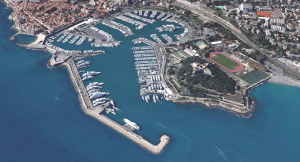 Port Vauban - Antibes 40 x 10 meter berth avaiable